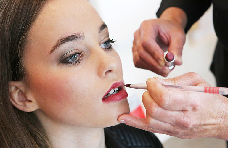 Speciale make-up behandeling bij Salon Mirjam
